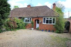 Semi - Detached Bungalow For Sale  Meadow Way Berkshire RG42