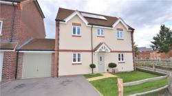 Detached House To Let Jennett's Park Bracknell Berkshire RG12