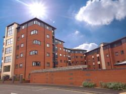Flat To Let  Broadgauge Way Staffordshire WV10