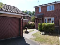 Terraced House For Sale  Worcester Worcestershire WR4