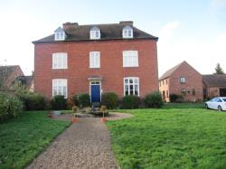 Flat To Let  Harrow Croft Worcestershire WR2