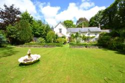 Detached House For Sale Dunmere Bodmin Cornwall PL31