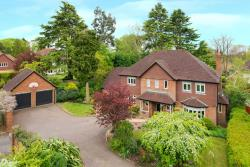 Detached House For Sale Gravel Path Berkhamsted  Hertfordshire HP4