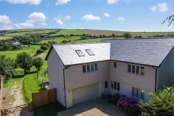 Detached House For Sale Shoreham Road Upper Beeding West Sussex BN44