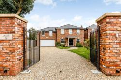 Detached House For Sale Emersons Green Lane BRISTOL Gloucestershire BS16