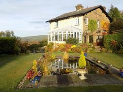 Detached House For Sale  Whaley Bridge Derbyshire SK23