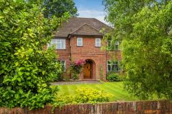 Detached House For Sale South Cheam  Surrey SM2
