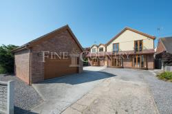 Detached House For Sale Ashingdon Rochford Essex SS4