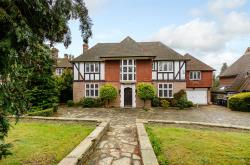 Detached House For Sale Cockfosters Barnet Hertfordshire EN4