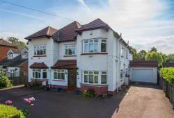 Detached House For Sale New Barnet Barnet Hertfordshire EN4