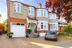 Semi Detached House For Sale Woodland Way Winchmore Hill Greater London N21