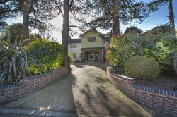 Detached House For Sale Maudlin Lane Steyning West Sussex BN44