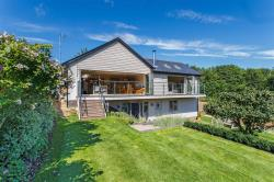 Detached House For Sale Upper Beeding Steyning West Sussex BN44