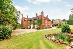 Detached House For Sale Torton Kidderminster Worcestershire DY10