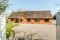 Detached House For Sale Besford Worcester Worcestershire WR8