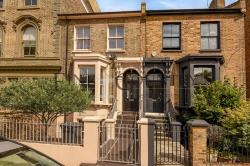 Terraced House For Sale Penshurst Road  Greater London E9