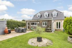 Detached House For Sale Horndean Waterlooville Hampshire PO8