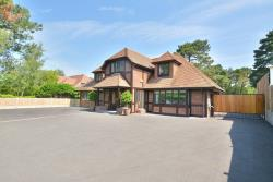 Detached House For Sale Ashley Heath Ringwood Hampshire BH24