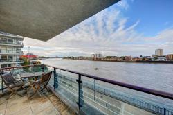 Flat For Sale Smugglers Way Wandsworth Greater London SW18