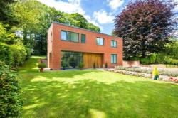 Detached House For Sale Digswell Welwyn Hertfordshire AL6