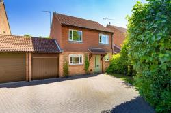 Detached House For Sale  Welwyn Garden City Hertfordshire AL7