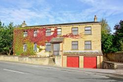 Detached House For Sale Hartshead Liversedge West Yorkshire WF15