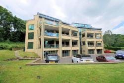Flat For Sale  Huddersfield West Yorkshire HD2