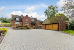 Detached House For Sale Priors Marston  Warwickshire CV47
