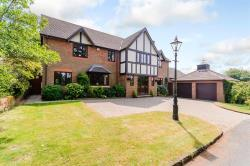 Detached House For Sale Fairway Rise Kenilworth Warwickshire CV8