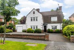 Detached House For Sale Almond Avenue  Warwickshire CV32