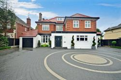 Detached House For Sale 97 CHIGWELL Essex IG7