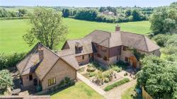 Detached House For Sale  Horton Kirby Kent DA4