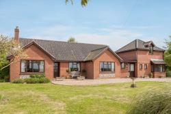 Detached Bungalow For Sale Wicklewood Wymondham Norfolk NR18