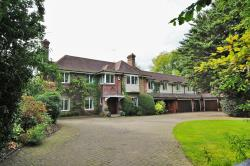 Detached House For Sale London Road Rickmansworth Buckinghamshire WD3