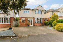Detached House For Sale Town Centre Daventry Northamptonshire NN11