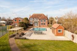 Detached House For Sale Northney Hayling Island Hampshire PO11