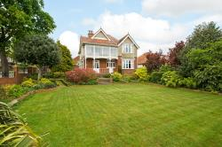 Detached House For Sale Drayton Portsmouth Hampshire PO6