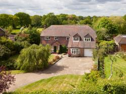 Detached House For Sale Denmead Waterlooville Hampshire PO7