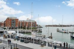 Flat For Sale Old Portsmouth GUNWHARF QUAY Hampshire PO1