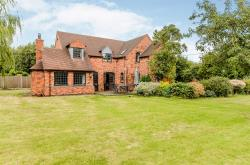 Detached House For Sale Allen End  Staffordshire B78