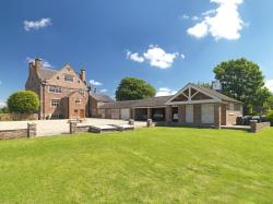Detached House For Sale  Burton by Tarporley Cheshire CW6