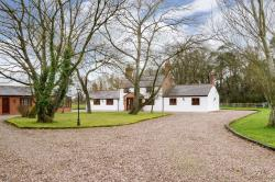 Detached House For Sale  Hatton Heath Cheshire CH3