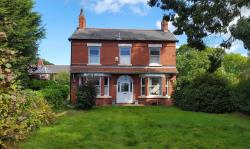 Detached House For Sale Saughall Chester Cheshire CH1