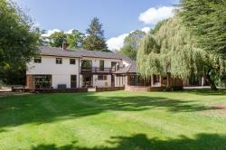 Detached House For Sale  Manley Cheshire WA6