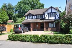 Detached House To Let Burwood Park Road Walton On Thames Surrey KT12