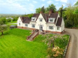 Detached House For Sale  Welshpool Powys SY21