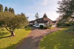Detached Bungalow For Sale Harrietsham Maidstone Kent ME17