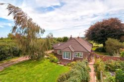Detached Bungalow For Sale Lenham Heath Maidstone Kent ME17