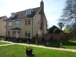 Detached House To Let Grange Park Drive Woodbridge Suffolk IP12