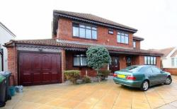 Detached House For Sale  Lydiate Merseyside L31